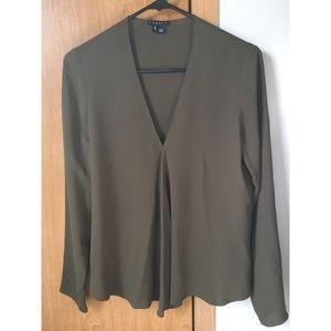 Theory 100% silk blouse!